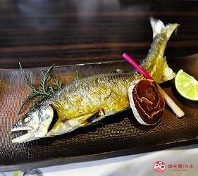 四國自由行搭乘觀光巴士「KOTOBUS IYA VALLEY」的「祖谷溪黃金路線一日套票」含的祖谷溫泉飯店午餐菜餚「香魚」