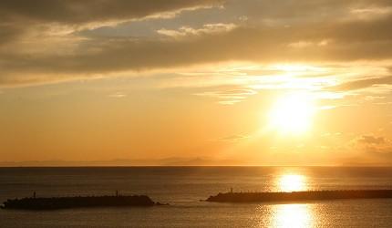 日本高知閨蜜旅行推薦推介美肌溫泉超舒服日版北川村莫內花園絕美花景打卡必到私房景點的Yasea Park海濱公園內的可看到的浪漫日落夕陽